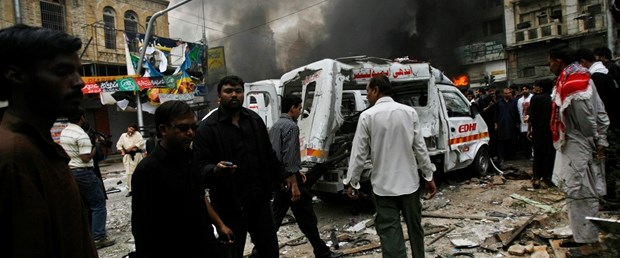 Voleybol maçına saldırı: 96 ölü