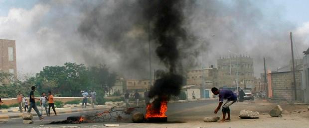 Yemen' de gazeteciler sınırdışı