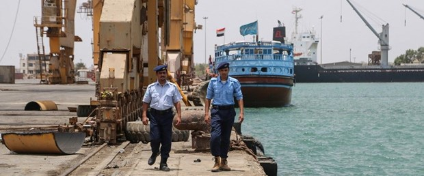 yemen liman bm çekilme140519.jpg