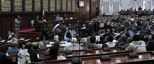 yemen-istifa-hükümet-15-01-22
