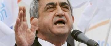 Yol haritası Ermenistan'da hükümeti dağıttı