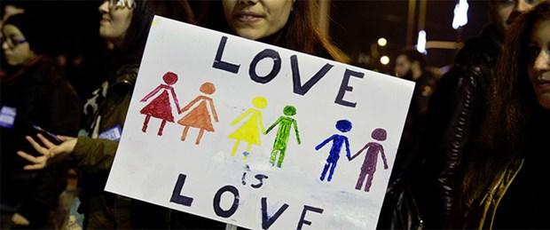 yunanistan-eşcinsel.jpg