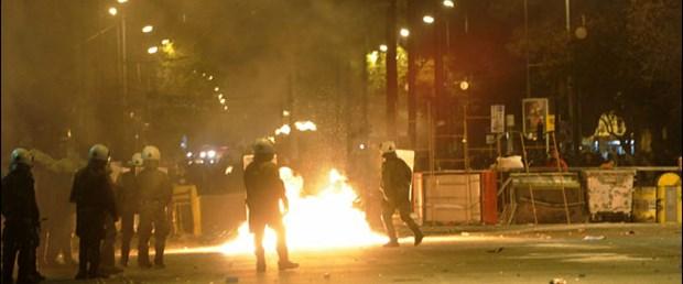 Yunanistan'da çatışmalar yeniden başladı
