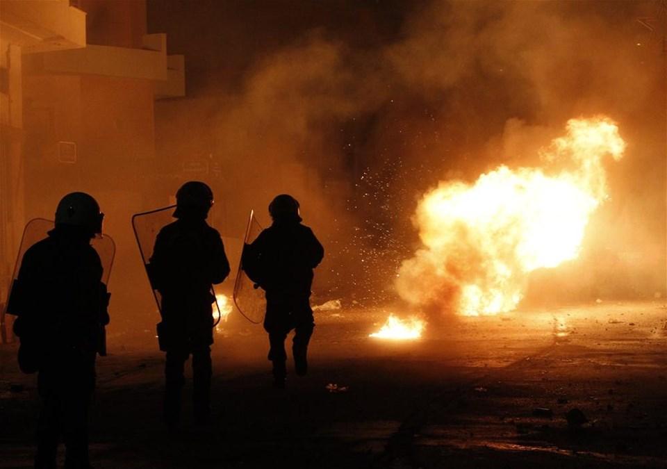 Yunanistan'da isyan ateşi