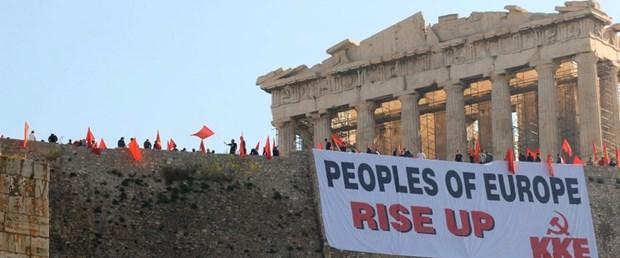 Yunanistan'da komünistler diz çökmeyecek!