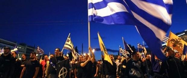 Yunanistan'da Türk konsolosun aracına saldırı