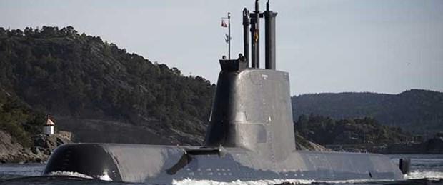 Yunanistan'dan Kıbrıs'a denizaltı