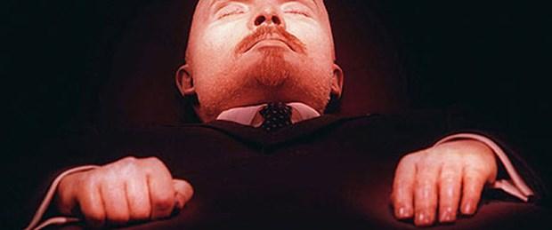 Yüzde 60 'Lenin gömülsün' diyor