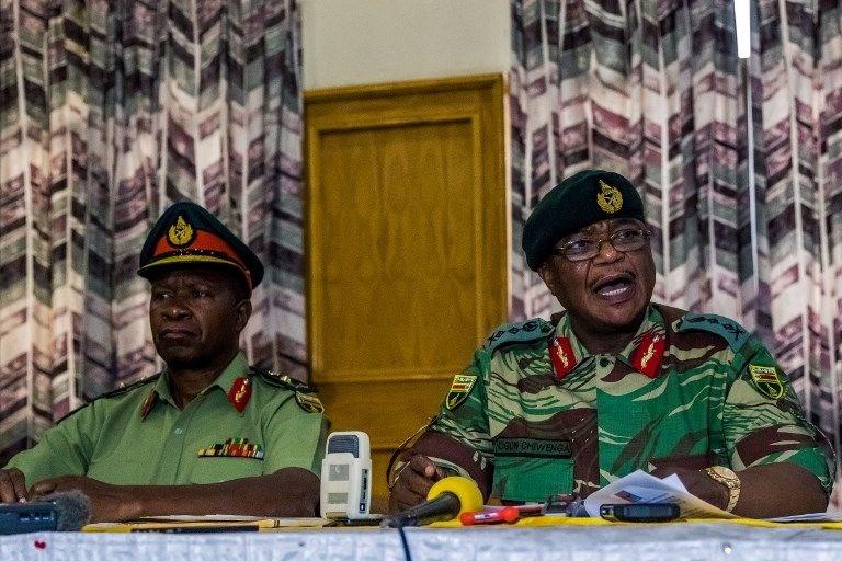 MUGABE'NİN GELECEĞİ TARTIŞILIYORDU