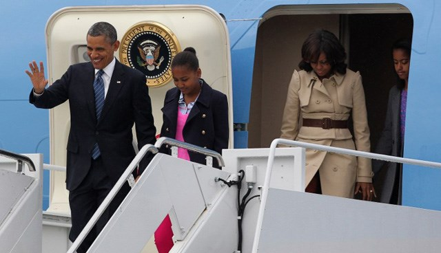 ABD Başkanı Obama, zirveye eşi ve iki kızıyla birlikte geldi.