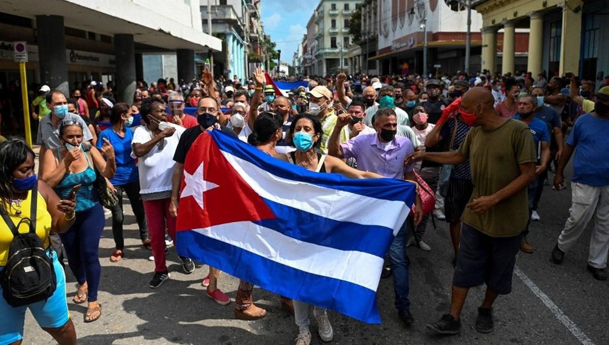 Küba'da hükümet karşıtı gösteriler: Bir kişi hayatını kaybetti