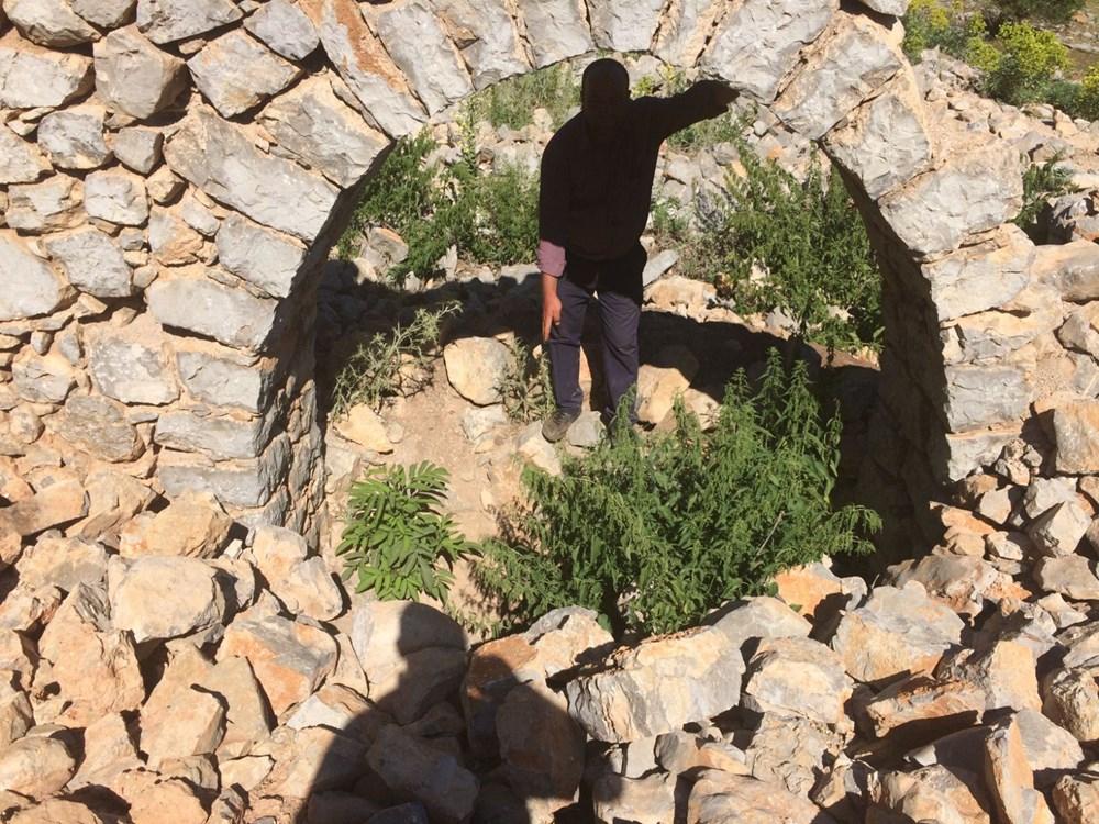 Tarihi Nodar Han ve hana ait kemerli kuyu define avcıları tarafından talan edildi - 13