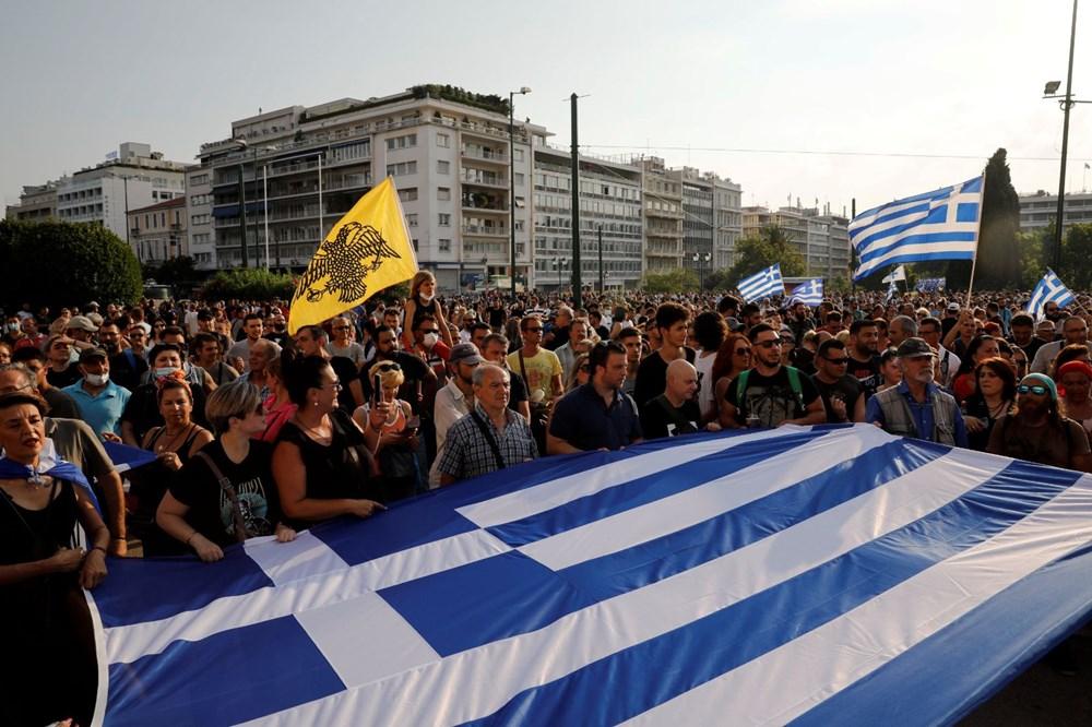 Atina'da aşı zorunluluğuna karşı düzenlenen protesto çatışmaya dönüştü: En az 25 gözaltı - 5