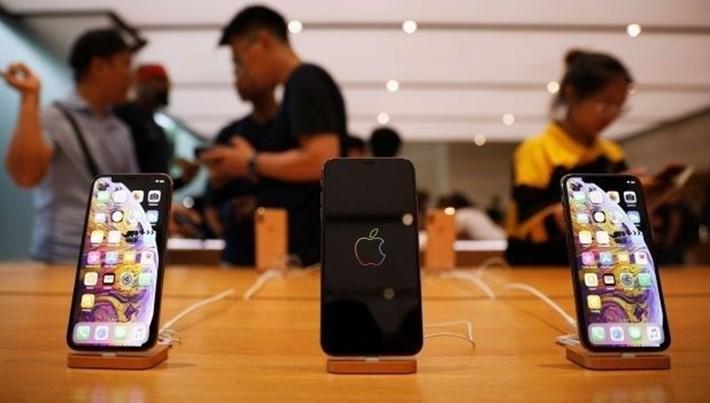 Apple Siri konuşmalarını dinlediği için özür diledi