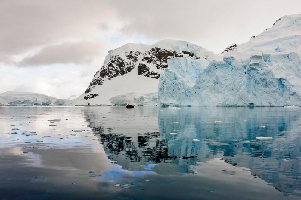 Dünyanın en büyük buzdağı Antarktika'dan koptu: Neredeyse İstanbul büyüklüğünde - 3