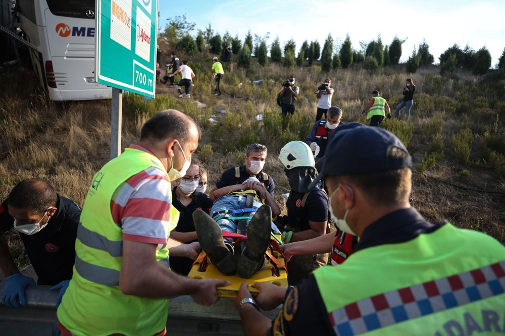 Kuzey Marmara Otoyolu'nda otobüs yoldan çıktı: 5 ölü, 25 yaralı - 6