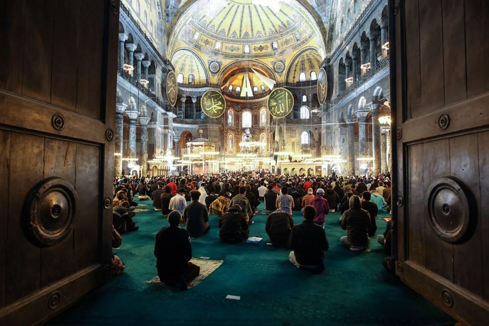 Ayasofya'da 87 yıl sonra ilk Ramazan Bayramı namazı kılındı - 4