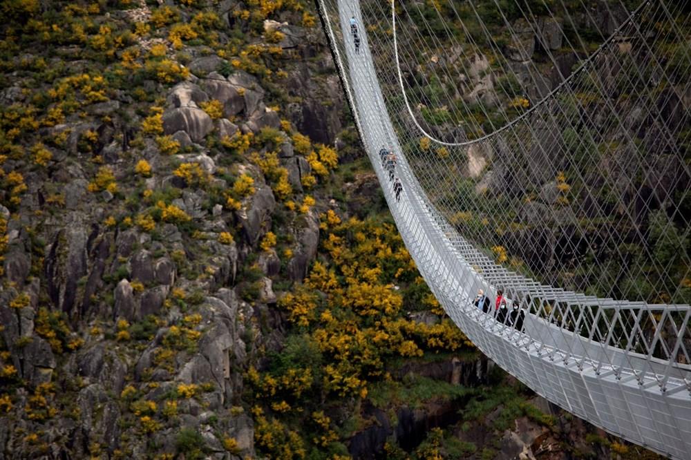 Yayalara özel en uzun asma köprü açıldı - 20