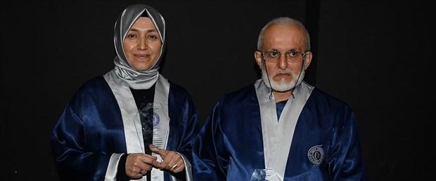 Baba 66, kızı 40 yaşında aynı üniversiteden mezun oldu
