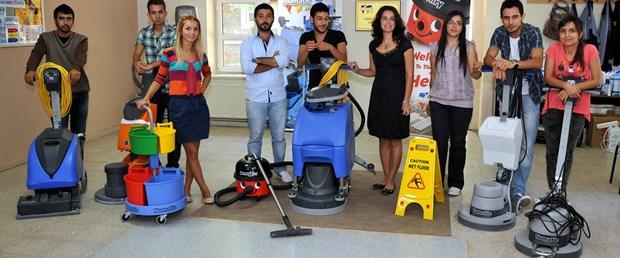 Bu üniversitede temizlikçi yetiştiriyorlar