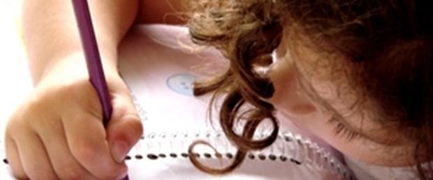 Çocuğunuz nasıl yazıyor, dikkat ettiniz mi?