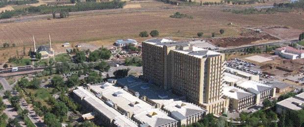 Cumhuriyet Üniversitesi'ne bin kişilik yurt