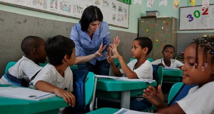 En fazla öğretmen açığı Salra Altı Afrika ülkelerinde.