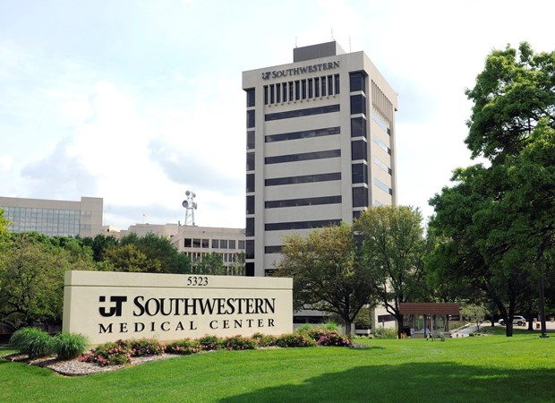 THE UNIVERSITY OF TEXAS SOUTHWESTERN MEDICAL CENTER AT DALLAS