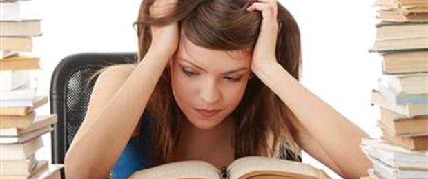 Eğitimli insan kolay kolay bunamıyor