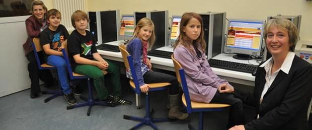 finlandiya-okul-el-yazi130115