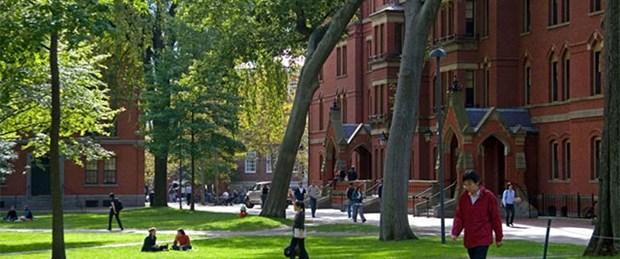 Harvard'a tarihi bağış