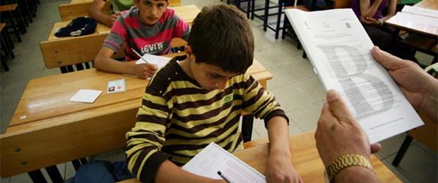 İki ilde öğretmenlerin sınav boykotu