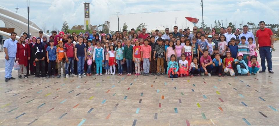 Kampanya çerçevesinde Antalya Korkuteli Dereköy İlkokulu ve Ortaokulu'ndaki çocuklar, EXPO Fuarı gezisiyle ödüllendirildi. Destek ise, Antalya Genç İşadamları Derneği'nden geldi.