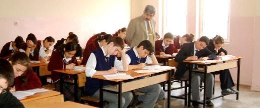 Sınavlar yaklaştı, sınıflar boşaldı