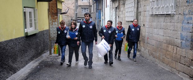 'Toplumsal Duyarlılık' dersleri sokakta işleniyor