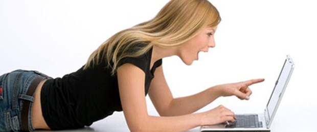 Üniversitelilere internetten ücretsiz dil eğitimi