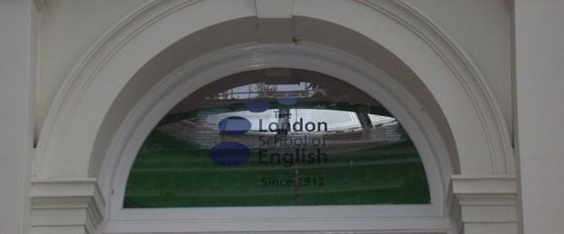 Vize alabilirsen İngilizce öğrenmek kolay