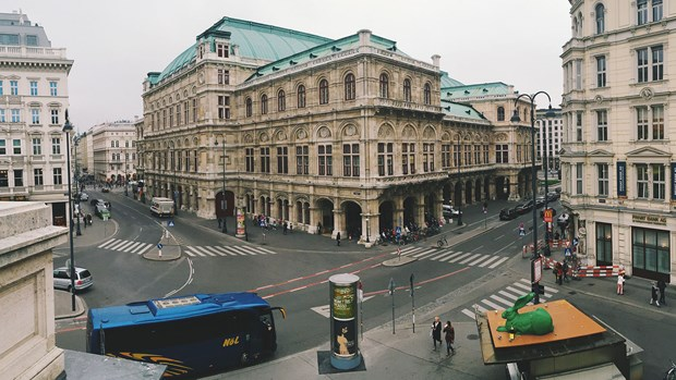 6-UNIVERSITY OF VIENNA - AVUSTURYA