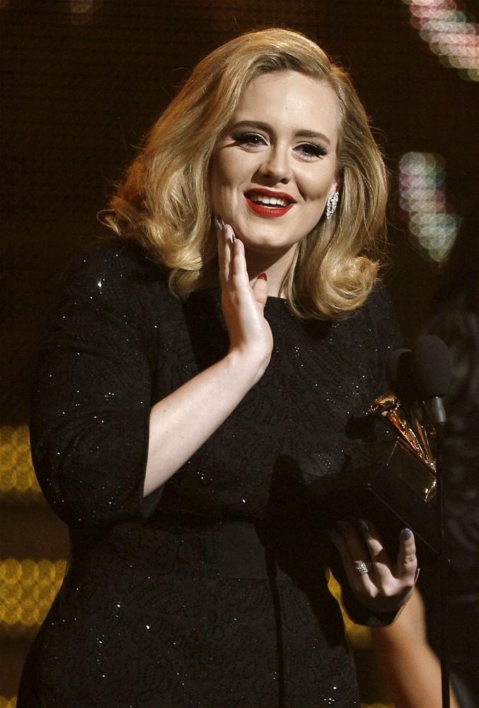 Adele'den 1 milyon 700 bin liralık hediye