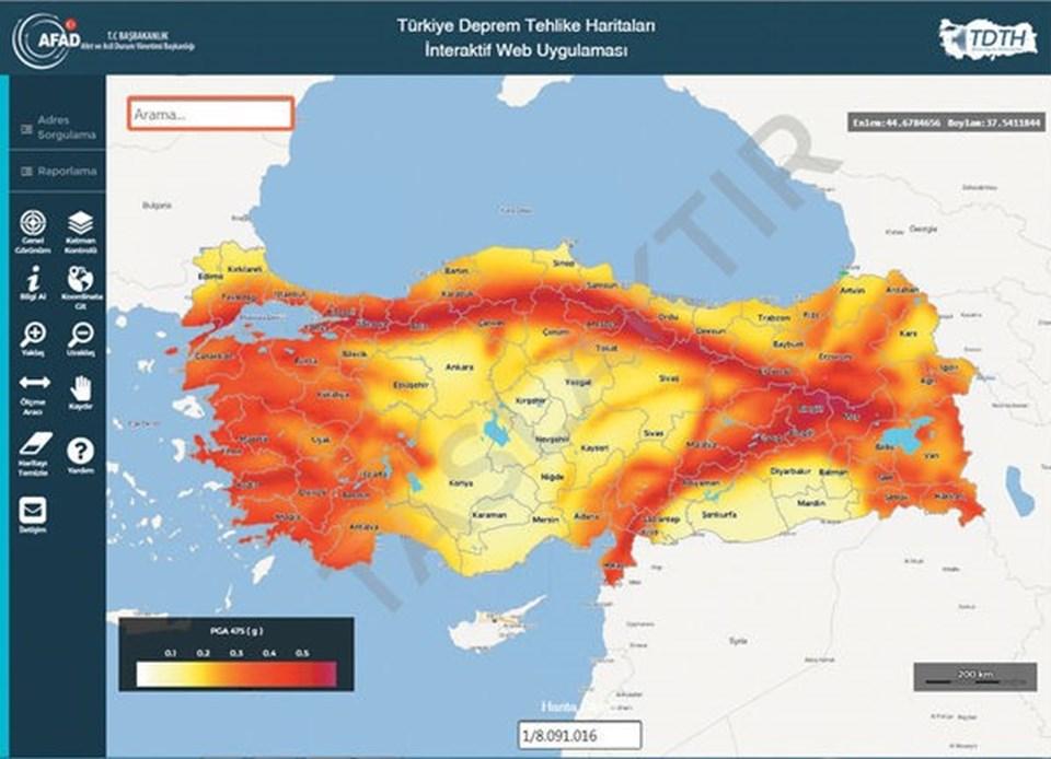 Türkiye'nin deprem riski yüksek bölgeleri haritada koyu kırmızı.