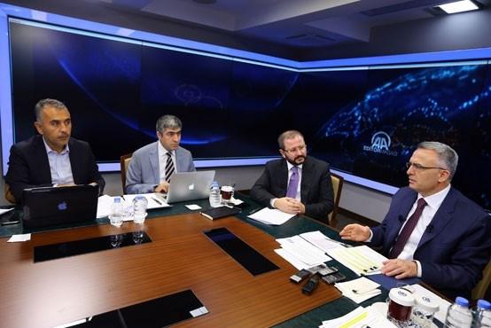 Maliye Bakanı Naci Ağbal, Anadolu AjansıEditör Masası'nda