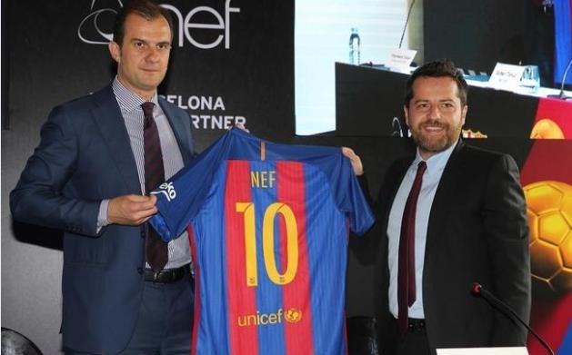 FC Barcelona CRO'su (Chief Revenue Officer - Gelirler Bölümü Başkanı) Francesco Calvo veNef İcra Kurulu Başkanı Erden Timur