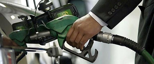 Benzinin litresi 4 lirayı geçti