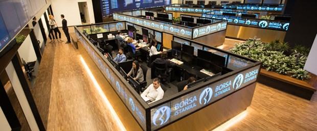 Borsa kapanış rekorunu 105 bin puanın üzerine taşıdı