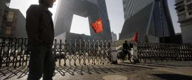 Çin üçüncü çeyrekte yüzde 8.9 büyüdü