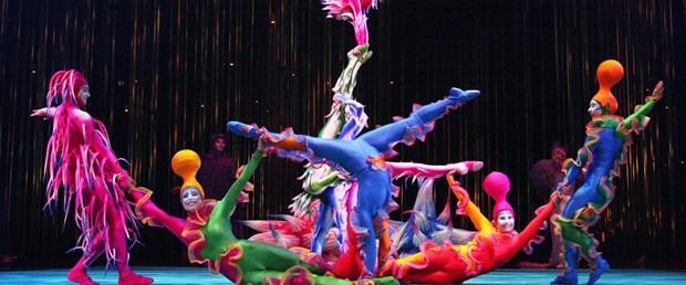 cirque do soleil.jpg