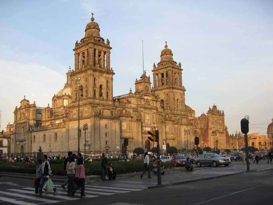 9- MEKSİKA