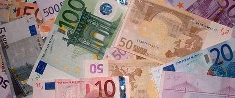ECB'den bankalara kredi operasyonu