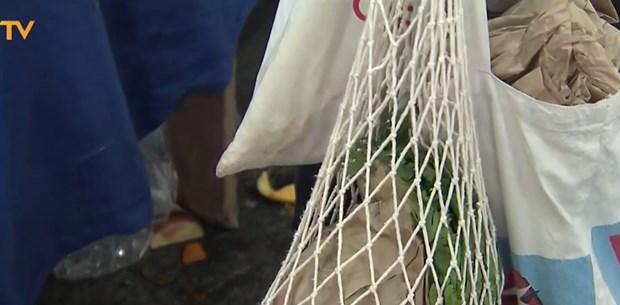 Bu pazarda plastik poşet yasak
