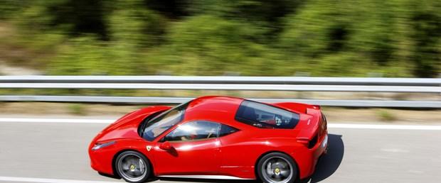 Ferrari satış rekoru kırdı